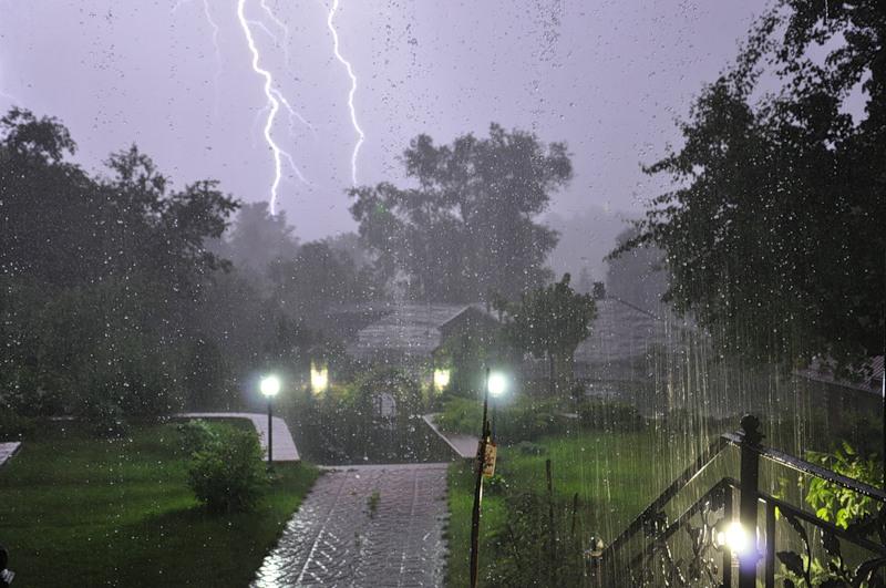 На Челябинск надвигается мощный ураган