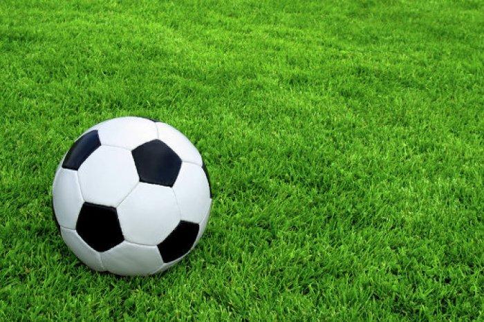 Футболисты из Кыштыма на чемпионате области улучшают результаты с каждой игрой