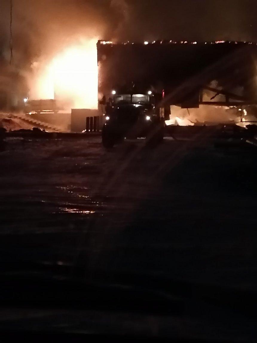 В Кыштыме загорелась пилорама одного из предприятий города