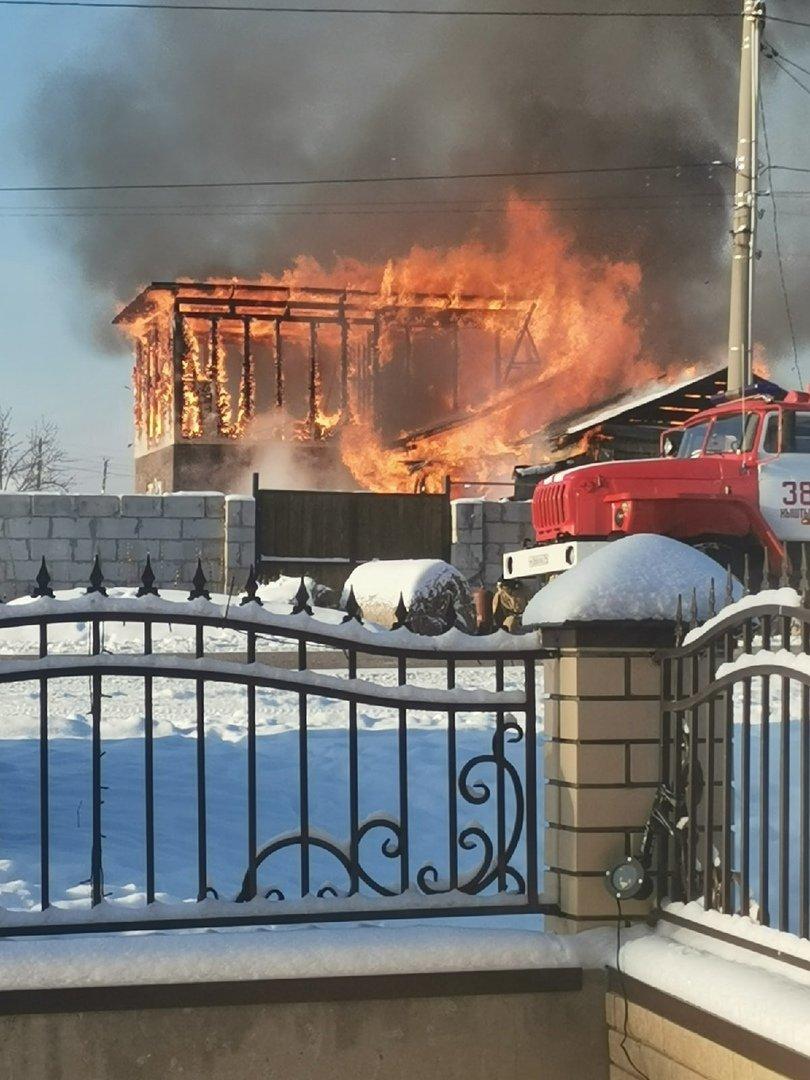 В Кыштыме установлена причина пожара, оставившего без крыши над головой многодетную семью
