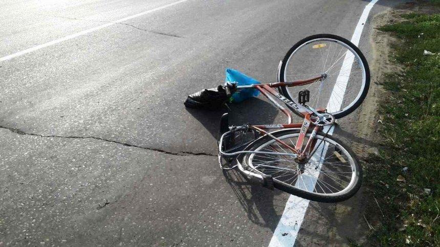 В Кыштыме ВАЗ столкнулся с велосипедистом