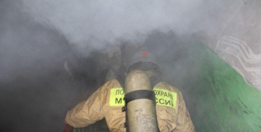 В Кыштыме сегодня ночью около 40 жителей многоэтажки были эвакуированы из-за пожара