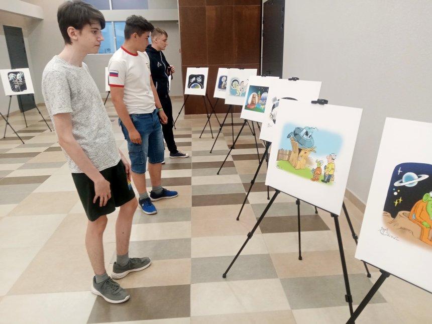 Жители Кыштыма увидели коллекцию сокровищ Ватикана и нарисовали соседний город