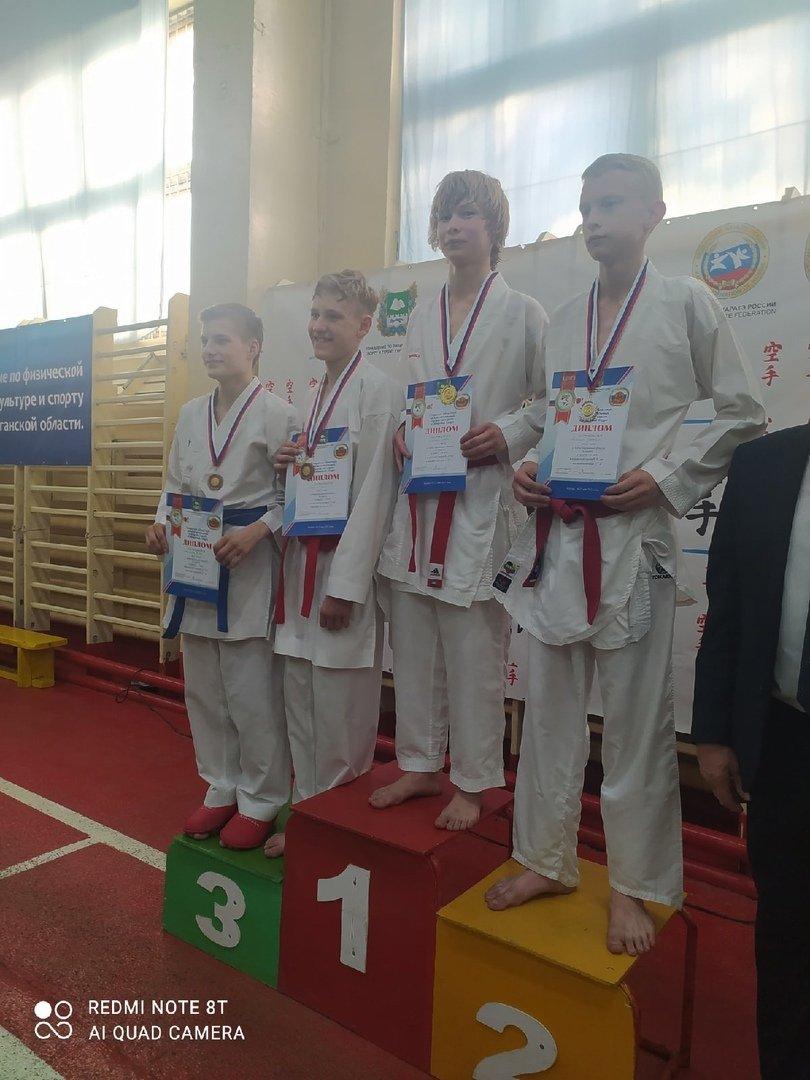 Кыштымские каратисты снова вернулись с медалями