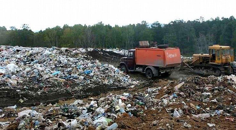 В Кыштыме члены общественной палаты совместно с экологами проконтролировали вывоз ТКО на полигон