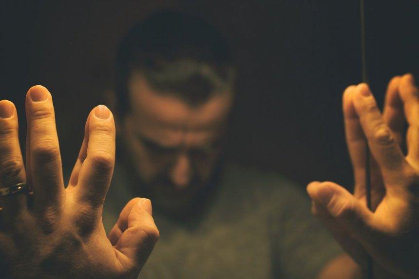 Житель Кыштыма свёл счёты с жизнью после ссоры с женой