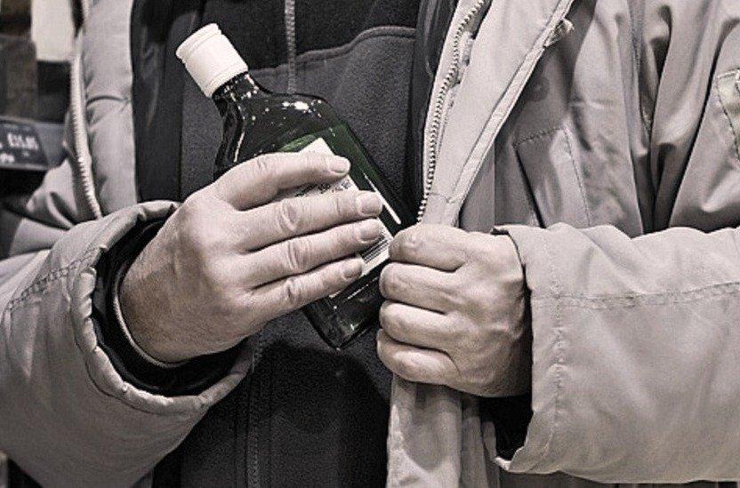 В Кыштыме подельники попались на краже алкоголя
